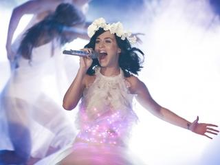 Katy Perry lands Super Bowl Halftime Show gig