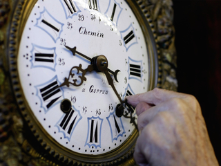 Daylight saving time: A brief video history