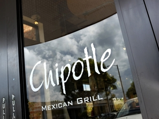 PD: Chipotle manager stole man's identity