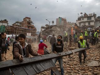 Massive earthquake hits Nepal, kills hundreds