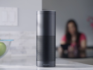 New Amazon Echo Look judges your fashion choices