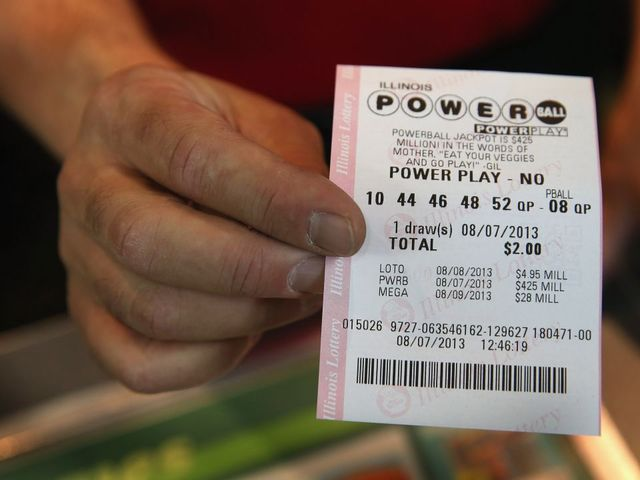 Powerball Hits $900M: Where to Buy Tix in Acton