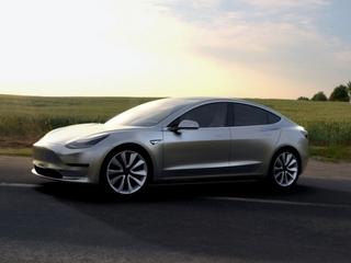 Lower-price Tesla racking up orders