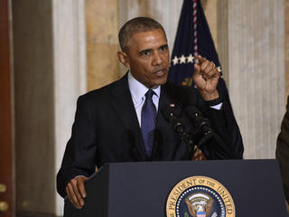 Obama signs compromise drug-abuse bill into law
