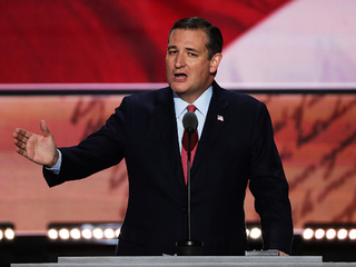 VIDEO: Ted Cruz booed off RNC stage