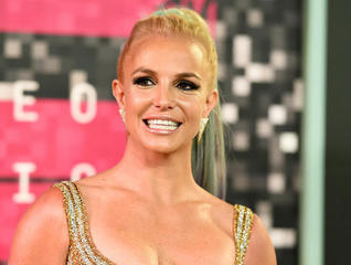 VMAs to feature Kanye, Rihanna, Britney Spears