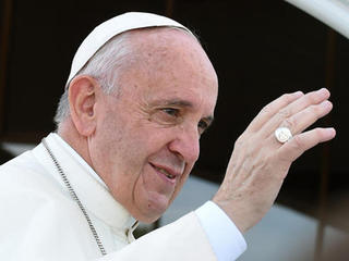 Pope pushes people to care for the environment