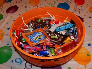 Who has the LOWEST prices on Halloween candy?