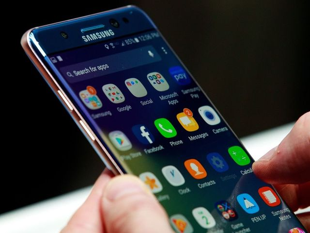 Airlines ban Samsung Galaxy Note 7 on board