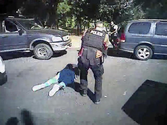 North Carolina officer won't be charged for Keith Lamont Scott shooting