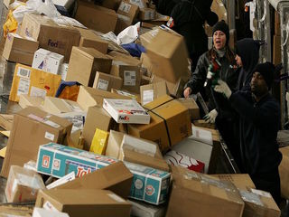 Don't miss these holiday shipping deadlines