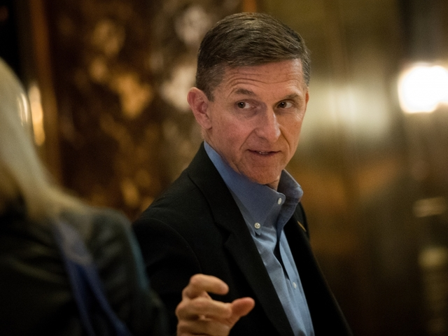 Trump 'evaluating situation' surrounding Michael Flynn's Russian Federation scandal
