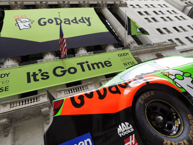 GoDaddy bans white supremacist site after offensive Virginia rally post