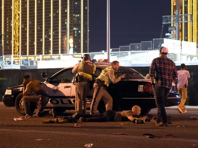 19 guns, loaded high-capacity magazines found in Vegas shooter's room
