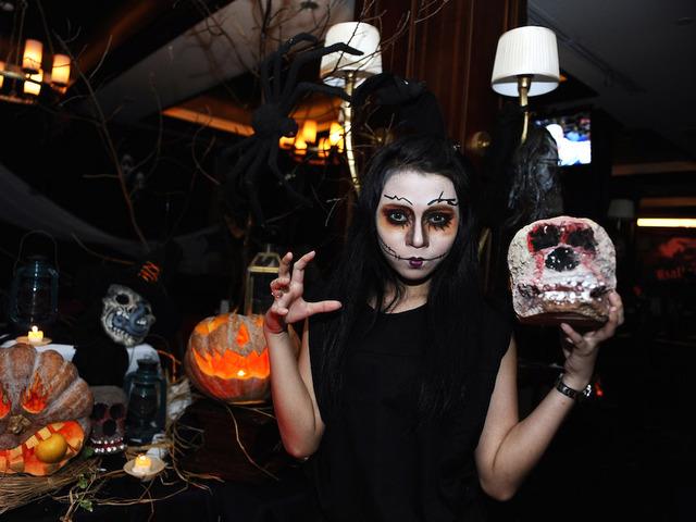 4 Halloween party theme ideas - WCPO Cincinnati, OH