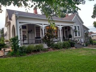 Home rental scam steals mom's Christmas money