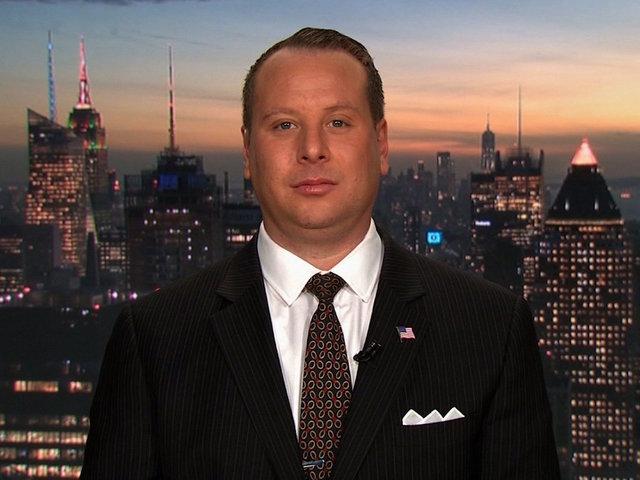 Trump Asked McGahn, Priebus About Interviews With Mueller