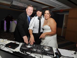 To save money on wedding music, scratch the DJ